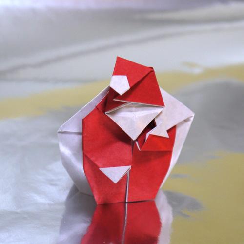 クリスマス サンタクロースの折り紙
